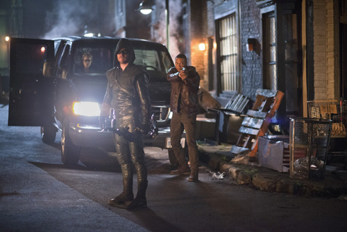 Arrow Review: S1E7 - Ray Palmer Takes Ollie's Girl