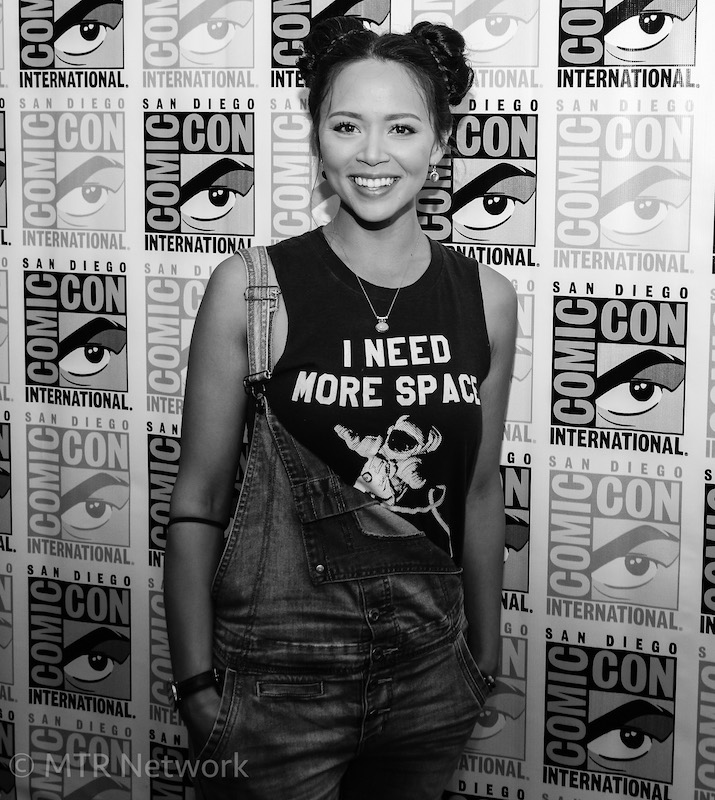 Melissa O'Neil (Two/Portia) at SDCC 2017