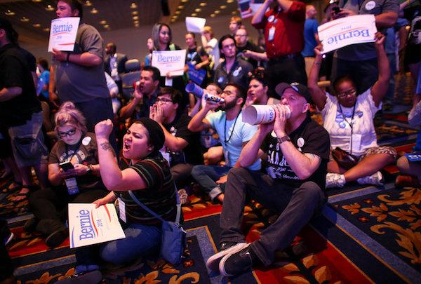 Photo Credit: Chase Stevens/Las Vegas Review-Journal, via Associated Press