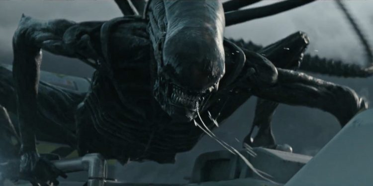 Alien Covenant Review - Xenomorph