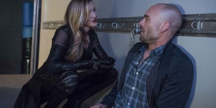 Arrow Missing Review - Black Siren confronts Quentin