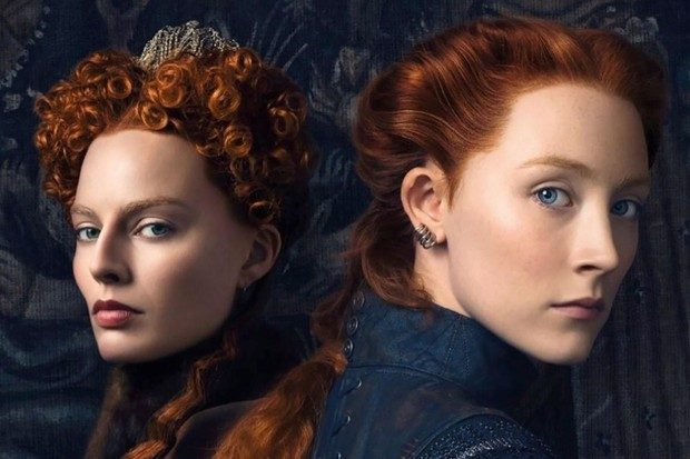 Saoirse Ronan stars as Mary Stuart and Margot Robbie stars as Queen Elizabeth I in MARY QUEEN OF SCOTS, a Focus Features release.