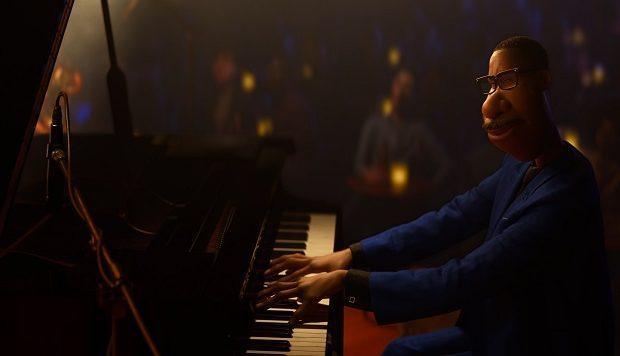 Jamie Foxx voices Joe Gardner and 22 in Soul. Photo Credit: Disney/Pixar